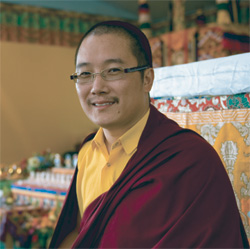HH Karma Kuchen Rinpoche, photo by Mannie Garcia